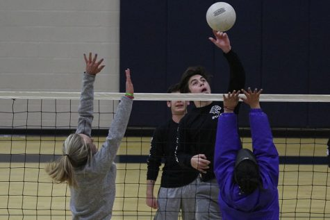 Annual Kick Butts volleyball tournament inspires healthy lifestyle