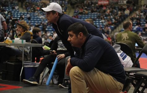 Coach Travis Keal receives 5A wrestling coach of the year award