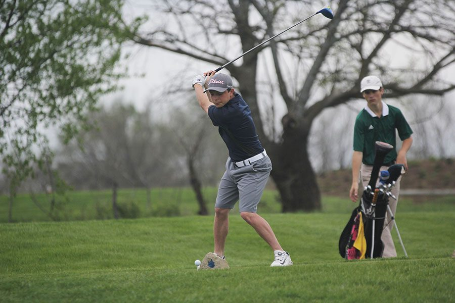 Keeping his eye on the ball, junior Jack Matchette tees off on hole 10 at the Sycamore Ridge Golf invitational on Wednesday, May 2.