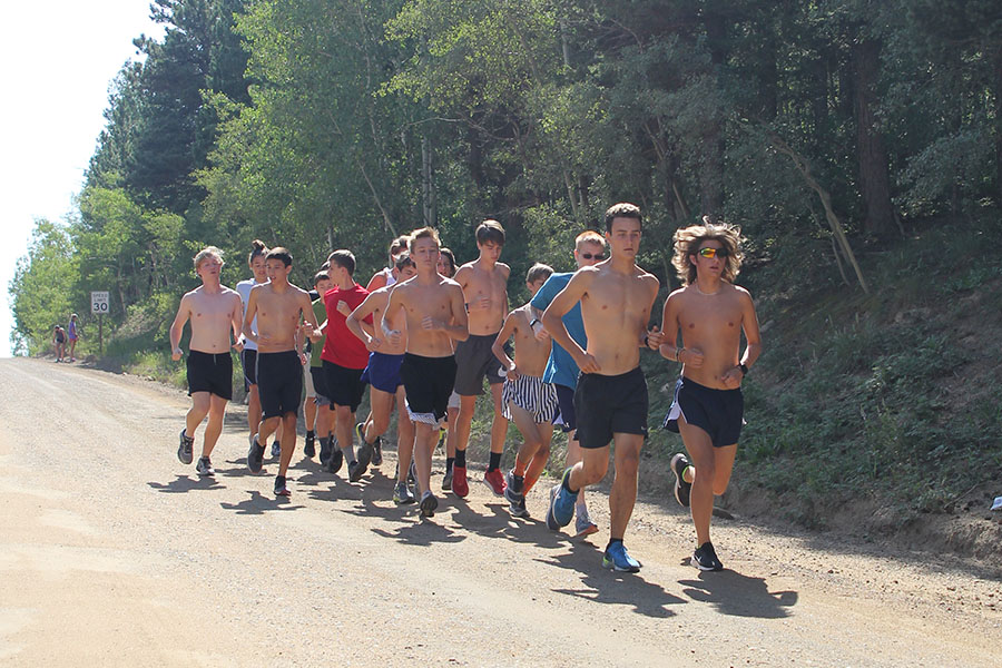The boys cross country team rounded out the summer Colorado trip with a high altitude run at Magnolia Road in Boulder, CO on Thursday Aug 12.