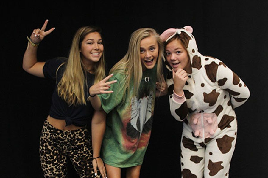 Gallery: Homecoming Photo Booth: Thursday, Sept. 6