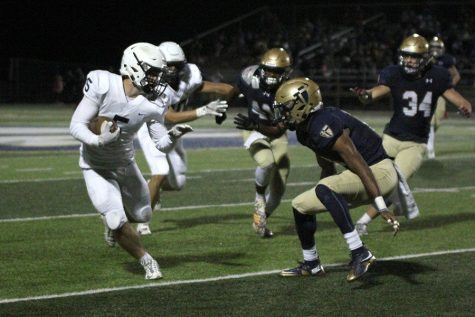 Football loses to St. Thomas Aquinas