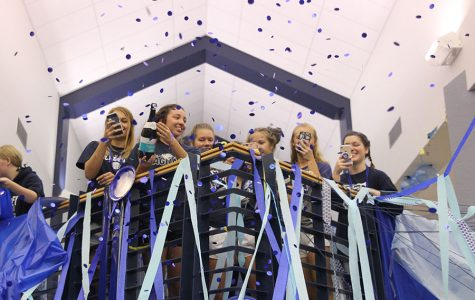 Gallery: senior class celebrates end of Homecoming spirit week with Blue Bomb