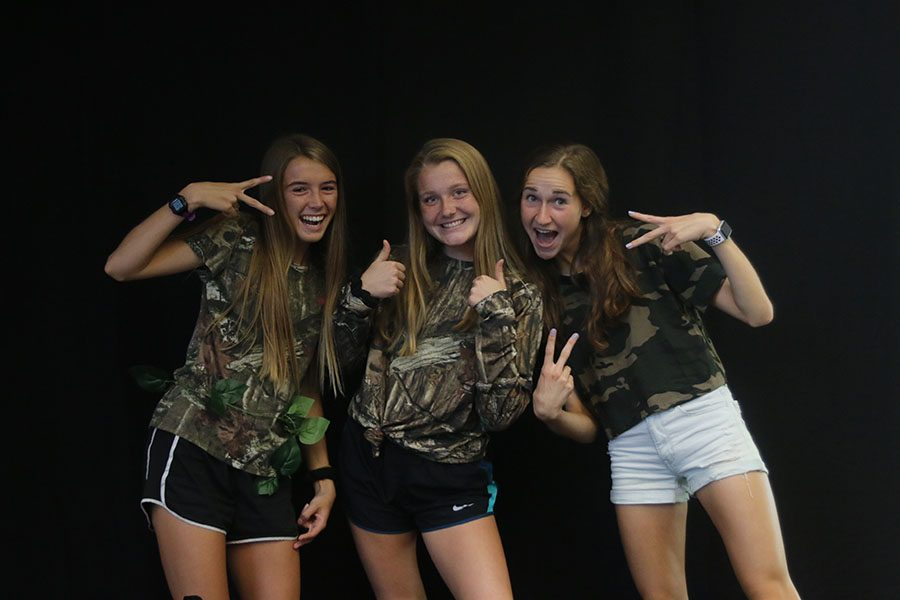 Gallery: Homecoming Photo Booth: Tuesday, Sept. 4