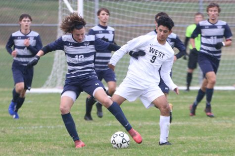 Boys soccer triumphs over Blue Valley Northwest in 2-1 victory