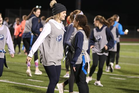 Seniors win powderpuff game for the second year in a row