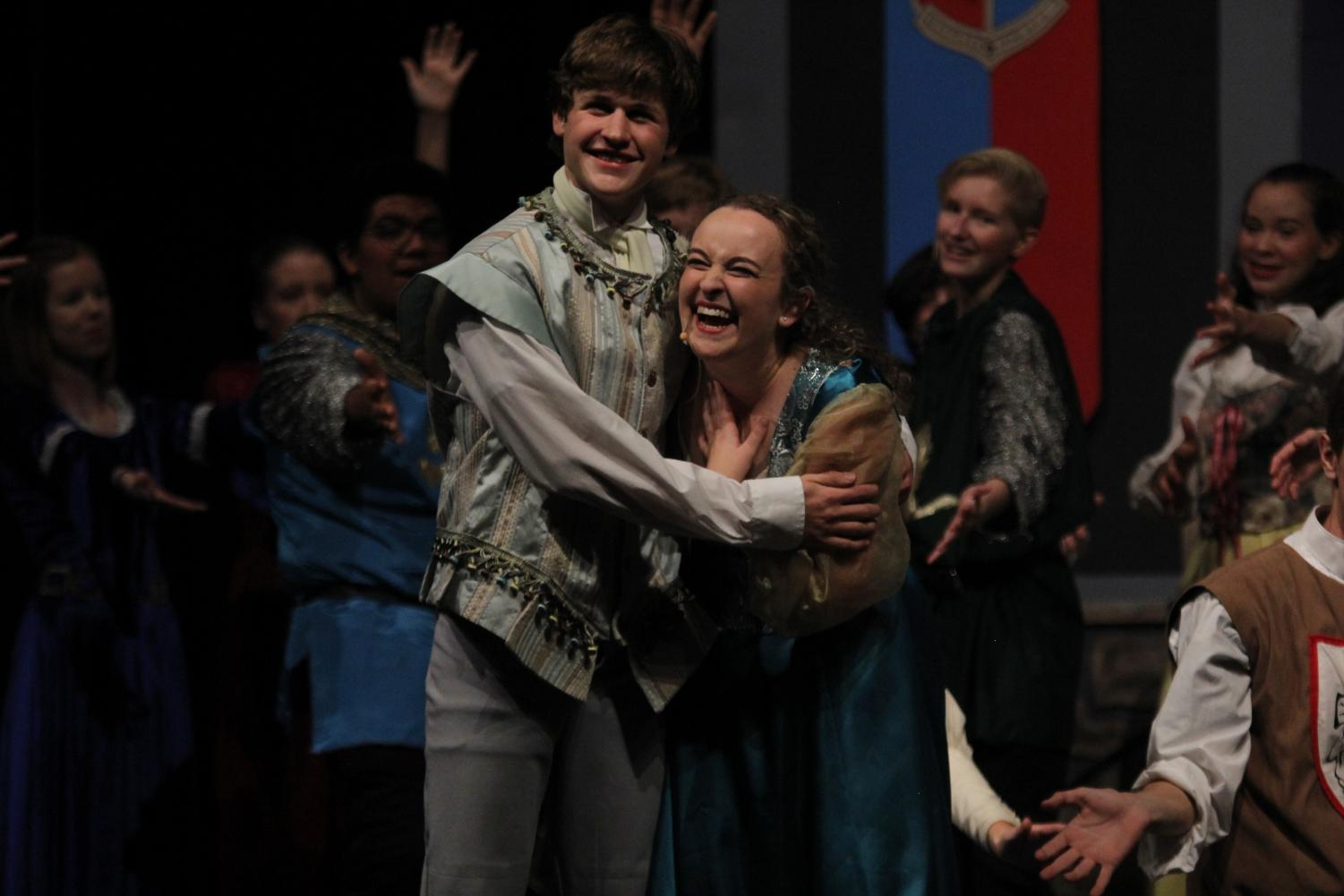 +Seniors+Noah+Smith+and+Ashlyn+Windmiller%2C+who+play+Prince+Dauntless+and+Winifred%2C+act+together+as+the+show%E2%80%99s+leads.+
