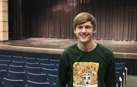 Senior Blake Aerni breaks barriers by participating in theater