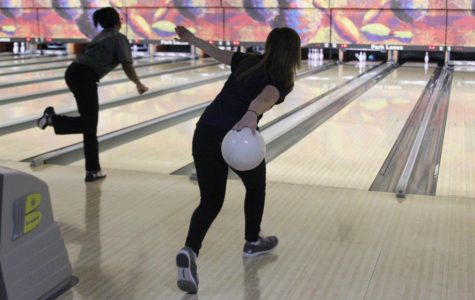 Gallery: Boys and girls bowling teams take first in meet
