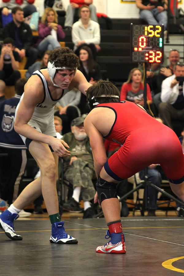Looking+to+attack+sophomore+Brodie+Scott+stares+down+a+ON+wrestler.