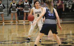 Girls basketball wins 56-44 against Olathe West