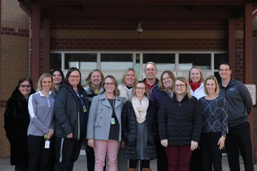 Members+of+the+Executive+Leadership+team+from+left+to+right.+Top%3A+Helga+Brown%2C+Dorothy+Swafford%2C+Trish+Chandler%2C+Sara+Evans%2C+Jeff+Wieland%2C+Sara+Sedgwick%2C+Amy+Welzenbach%2C+Chris+Wallace.+Front%3A+Jessica+DeWild%2C+Deb+Steiner%2C+Erin+Hayes%2C+Elizabeth+Molgren%2C+Emily+Schmidt%2C+Jill+Lloyd.