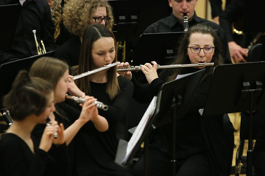 Gallery: Band performs at the final concert of the year – Mill