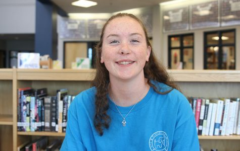 Student tech Madison Vosburg uses her childhood love for computers with new Macbooks