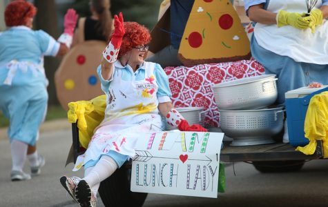 Students, staff and community celebrate the annual Homecoming parade