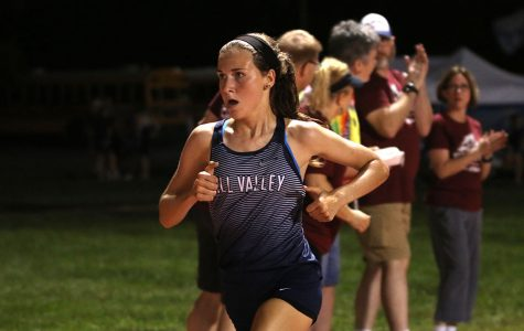 Cross country places first and second at Olathe Twilight Classic