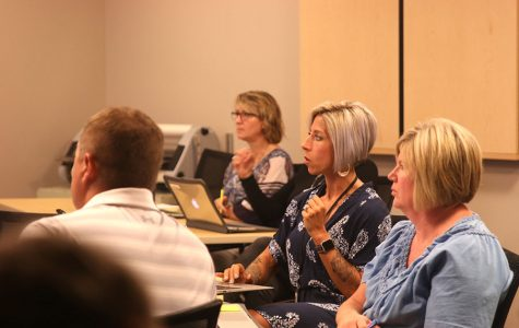 During the Apple Classroom training on Thursday, Aug. 29, K12 instructional specialist Rachel Mikel guides teachers through the various functions of Apple Classroom.