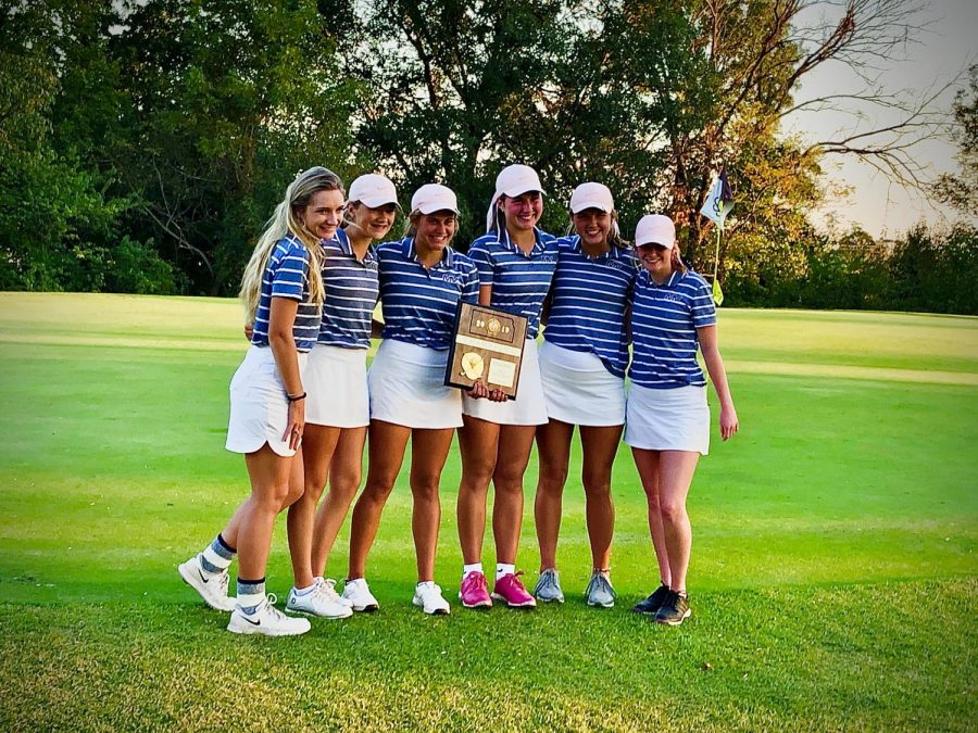 The+girls+golf+team+won+the+6A+regional+title+Monday%2C+Oct.+14+at+Sunflower+Hills.