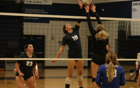 Girls volleyball wins dual against Gardner Edgerton