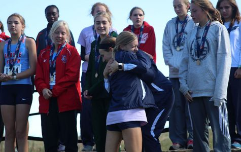 Girls cross country team brings home second straight state title