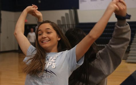 StuCo hosts Swing Dance Seminar during WOCO week