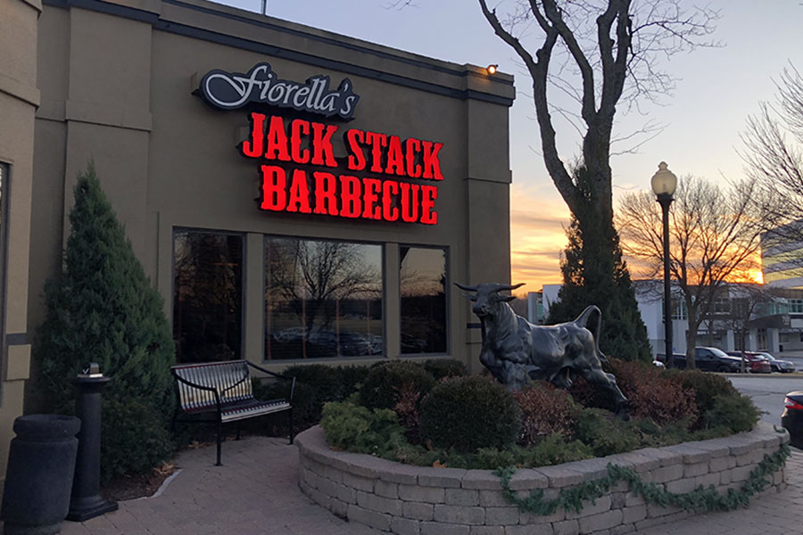 Fiorella%27s+Jack+Stack+Barbecue+is+located+on+9520+Metcalf+Ave.+in+Overland+Park.