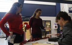 NEHS sells carnations