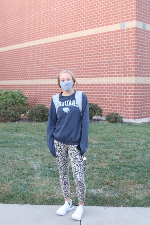 In her jaguar print and MV sweat shirt, sophomore Avery Blubaugh showcases her HOCO spirit.