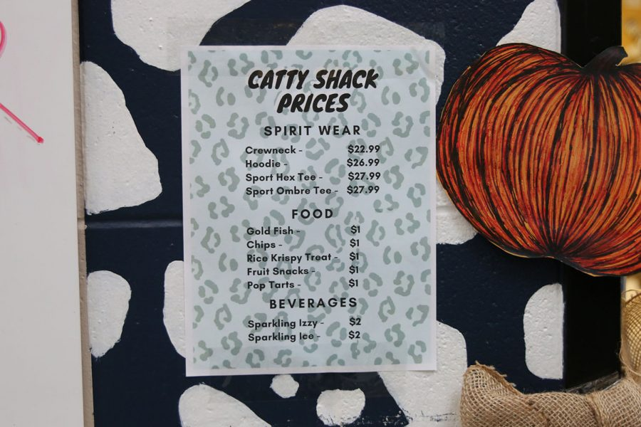 The+Catty+Shack+opens+for+business+with+a+variety+of+items+for+sale%2C+including+cookies%2C+drinks+and+spirit+wear.