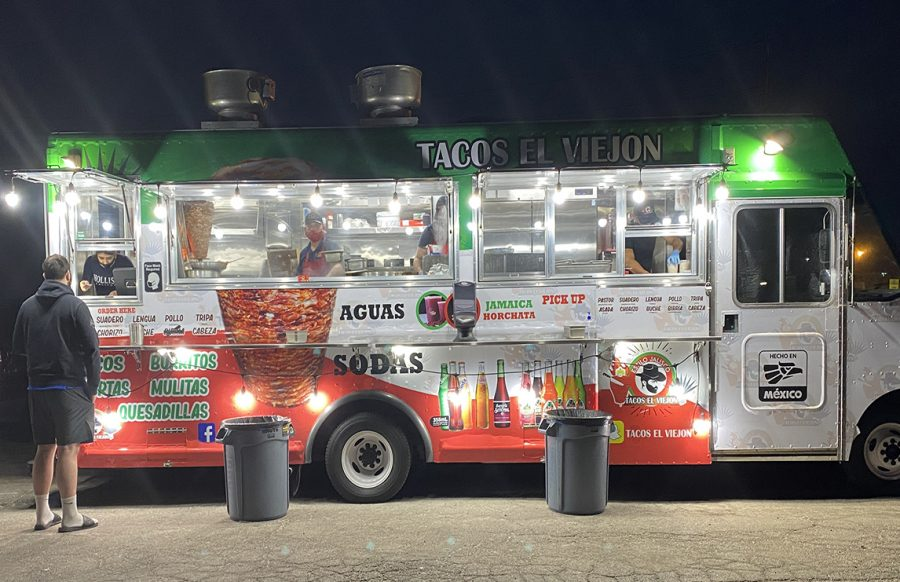 A taco truck, Tacos El Viejon, located off Shawnee Mission parkway, has a variety of Mexican food and drinks.