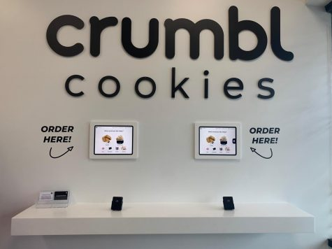 Crumbl Cookies is located at 15159 W 119th St in Olathe, KS. The bakery is popular for their fresh and gourmet desserts ready for takeout, delivery, or pick-up.